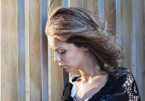 Disfuncțiile hormonale provoacă tristețe