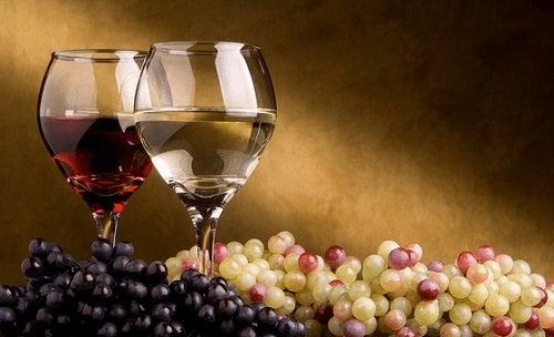 Vinul te protejează de Alzheimer