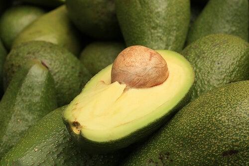 Avocado pentru detoxifierea ficatului