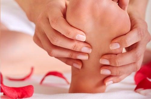 Evitarea substanțelor iritante pentru picioare sănătoase