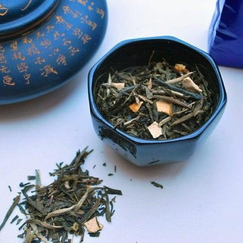 Ceaiul albastru mai este numit și ceai oolong