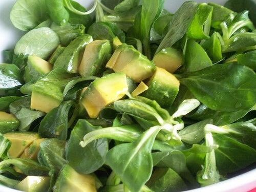 Dacă mănânci mai mult avocado întărești sistemul imunitar