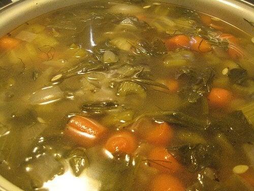 Morcovi adăugați în supe de legume