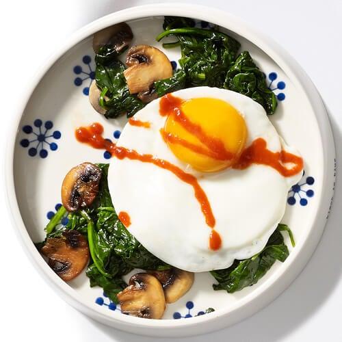 Mic dejun cu ouă verzi