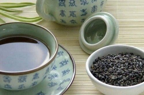 Află cum se prepară ceaiul albastru