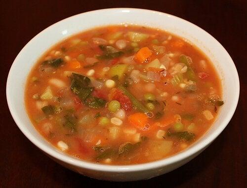 Cum să prepari supe de legume pe bază de fasole