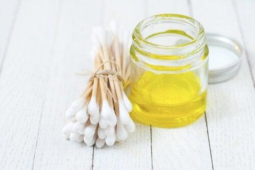 10 întrebuințări inedite pentru uleiul de măsline