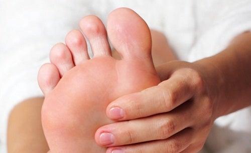 Înfrumusețare cu bicarbonat de sodiu a picioarelor