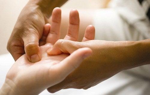 Masaj pentru ameliorarea simptomelor osteoartritei