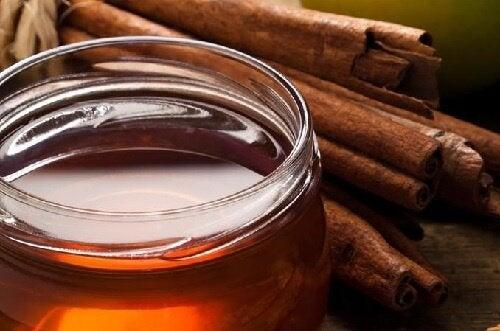 Cum să slăbești cu miere de albine