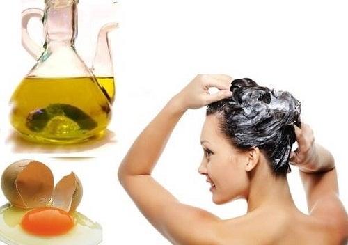 Trucuri simple pentru regenerarea părului precum măștile cu ou și ulei