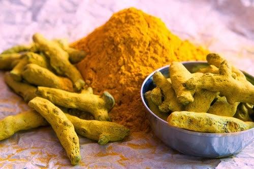 Tumericul este unul dintrele acele alternative naturale pentru Ibuprofen