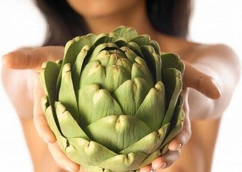 Anghinarea pe lista de plante medicinale pentru slăbit