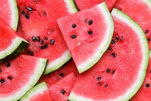 5 beneficii ale pepenelui roșu pentru sănătate