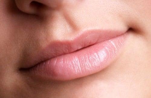 Cum să ai buze mai frumoase și mai voluminoase