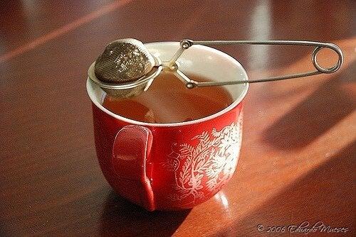 Ceaiul roșu ajută la slăbit