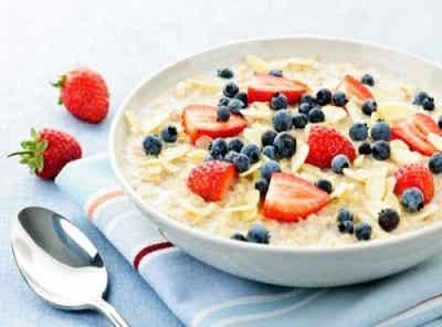 Fulgi de ovăz pentru micul dejun