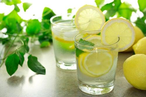 Slăbește cu ghimbir în limonadă