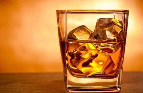 Alcoolul afectează sistemul osos