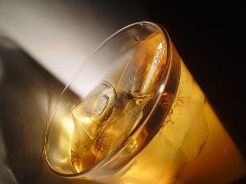 Băutură rece rea pentru stomac