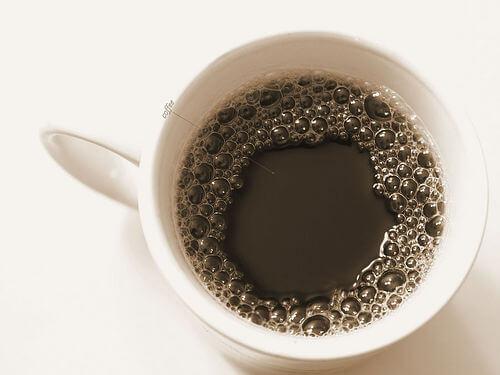 Cafeaua: unul dintre acele alimente care afectează sistemul osos