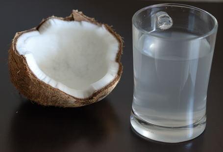 Infecțiile renale pot fi tratate cu nucă de cocos