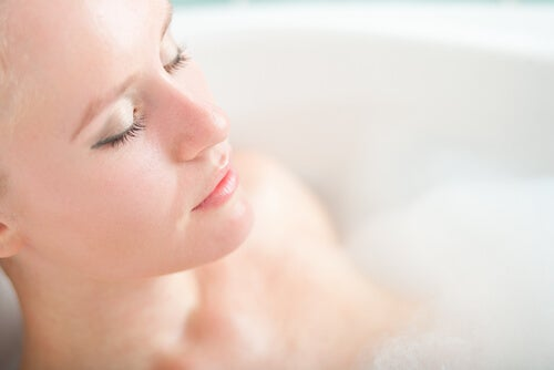 Întrebuințări ale apei oxigenate pentru frumusețe