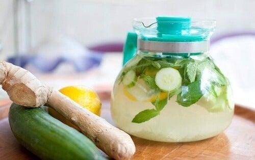 Pancreasul detoxifiat cu băutură de ghimbir