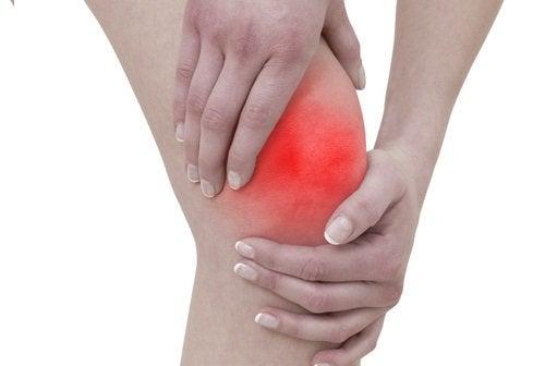 Simptomele artritei și dureri de genunchi