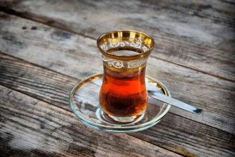 Tratament pentru grăsimea abdominală sub formă de ceai
