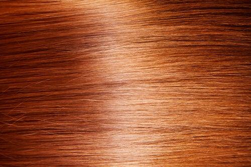 Vopseaua duce la căderea părului