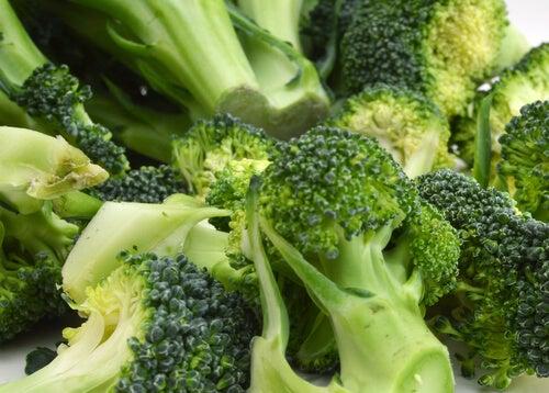 Broccoli este unul dintre acele alimente pentru creier