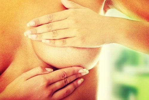 Cancerul de sân, exameninare regulată