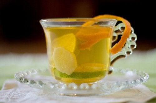 Cum să slăbești cu ajutorul ceaiului de ghimbir și portocală