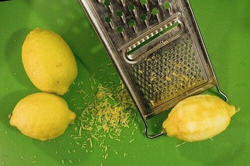 Coajă de lămâie
