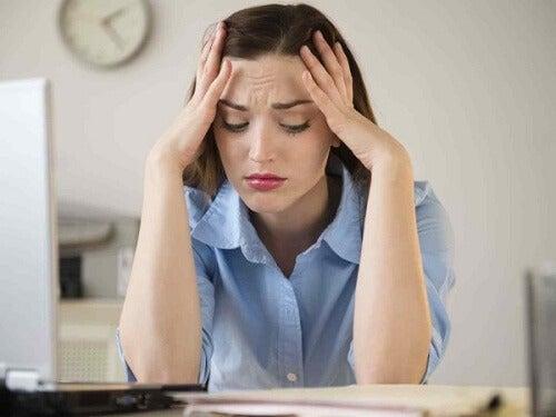 Constipația provoacă stres