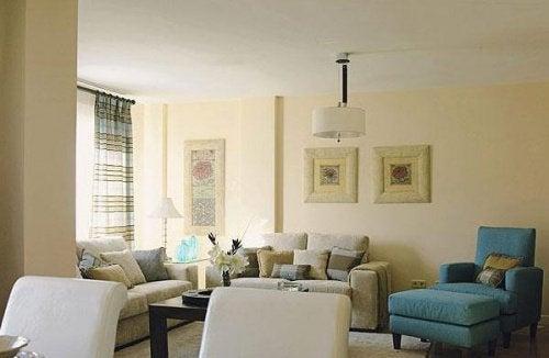 Gândacii de bucătărie ți-ar putea invada sufrageria