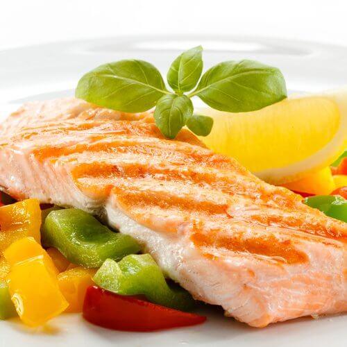 Carnea de somon te ajută să scazi glicemia