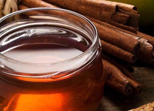 Tratează artrita cu miere ți scorțișoară