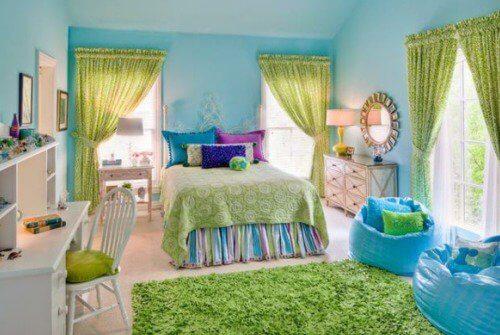 Încearcă să elimini mucegaiul din dormitor