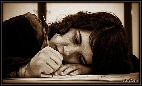 Scrisul relaxează mintea