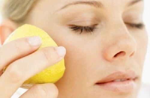 Tratament cu lămâie pentru pete