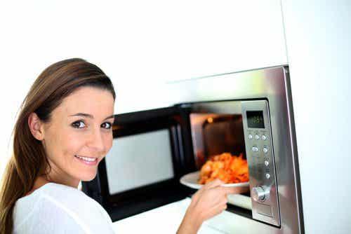 7 alimente care nu trebuie reîncălzite