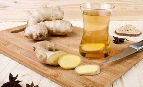 Ceai de ghimbir cu lămâie