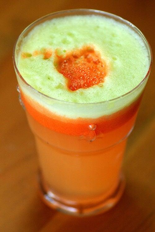 Sucul de mere și morcovi ajută la detoxifiere