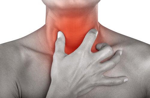 Durerea în gât – 12 remedii naturiste