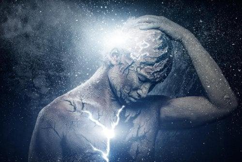 Cum se manifestă energiile negative