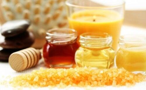 Prepară acasă creme exfoliante naturale pentru față și corp