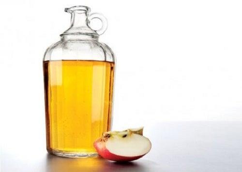 Oțetul de mere stimulează arderea grăsimilor