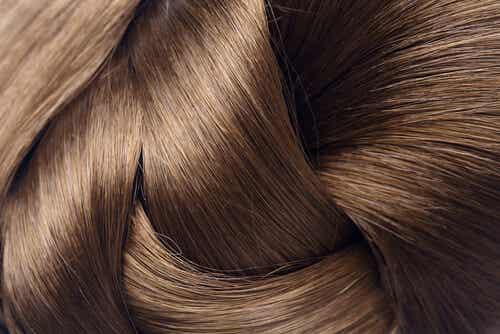 Întărirea părului cu 4 remedii naturiste